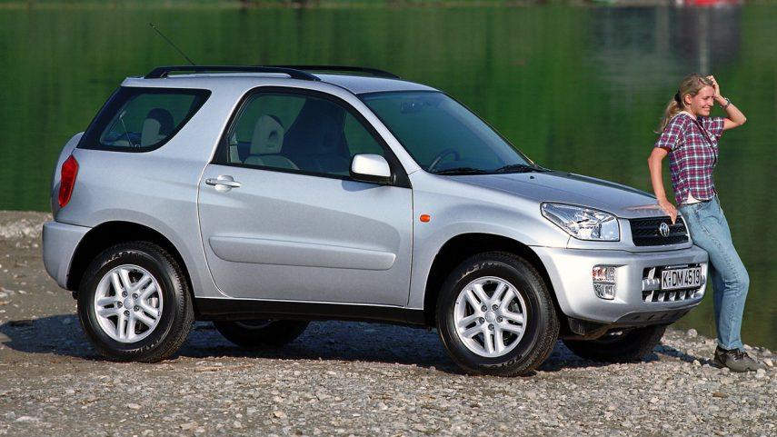 Coche del día: Toyota Rav4 2.0 3 puertas (XA20)