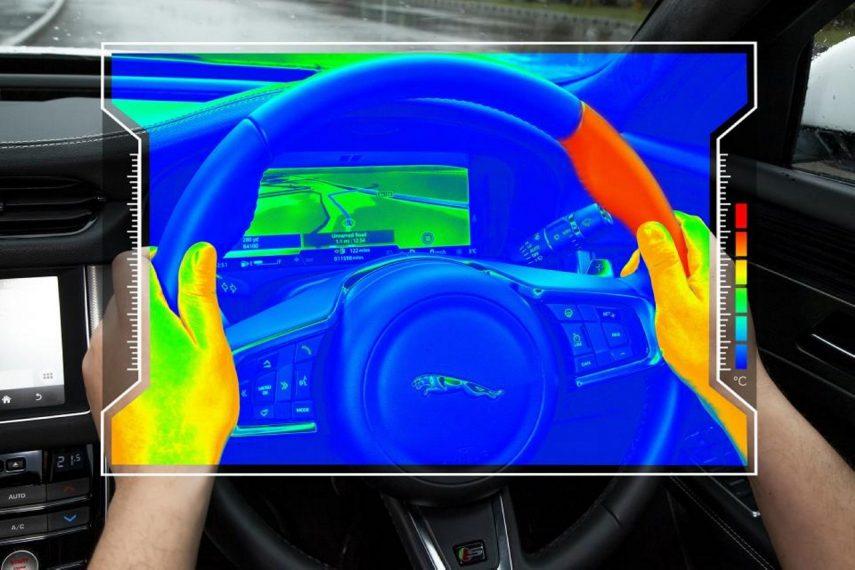 Así es el volante sensorial de Jaguar Land Rover