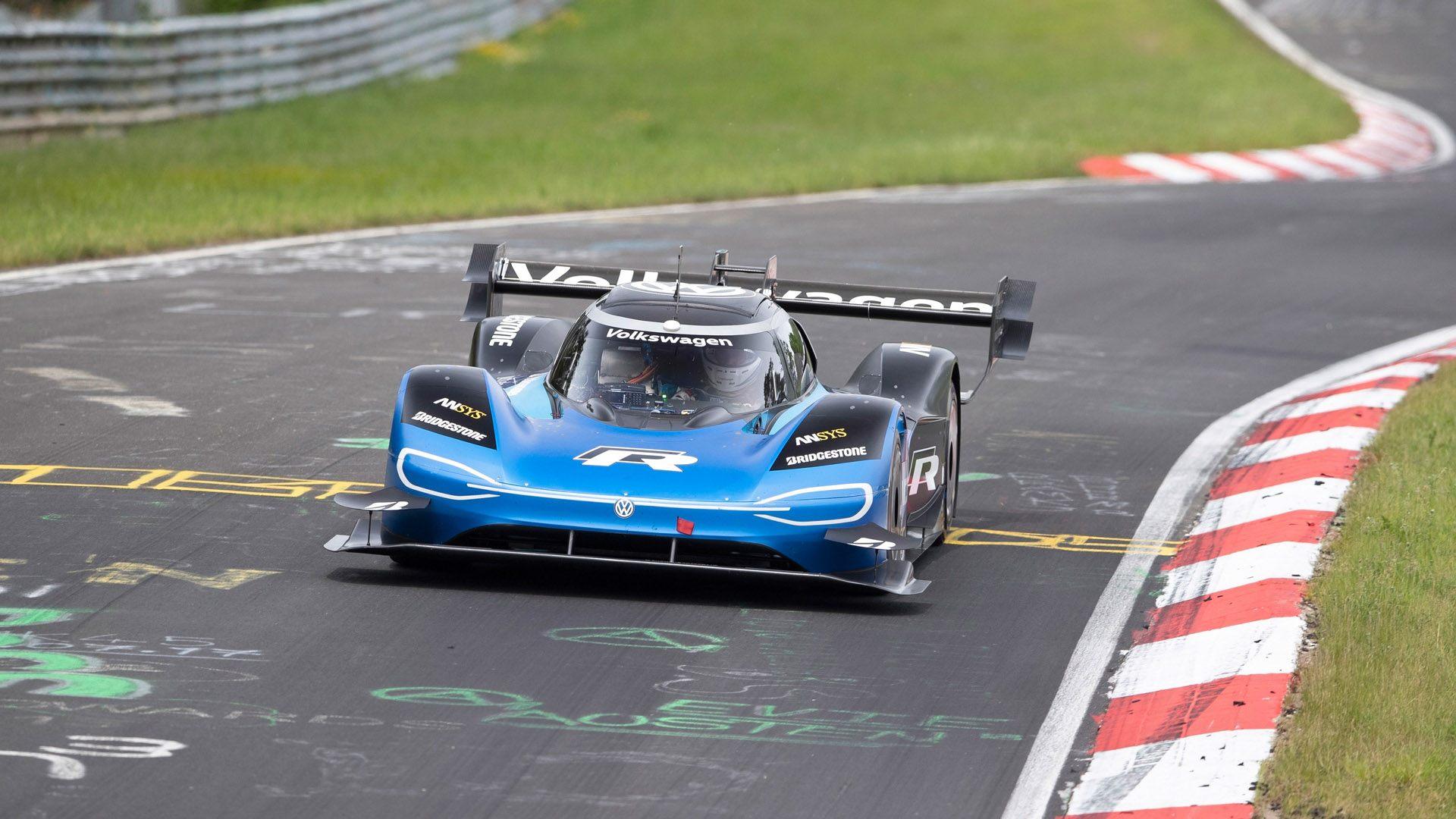 El Volkswagen ID. R revienta el crono en Nürburgring