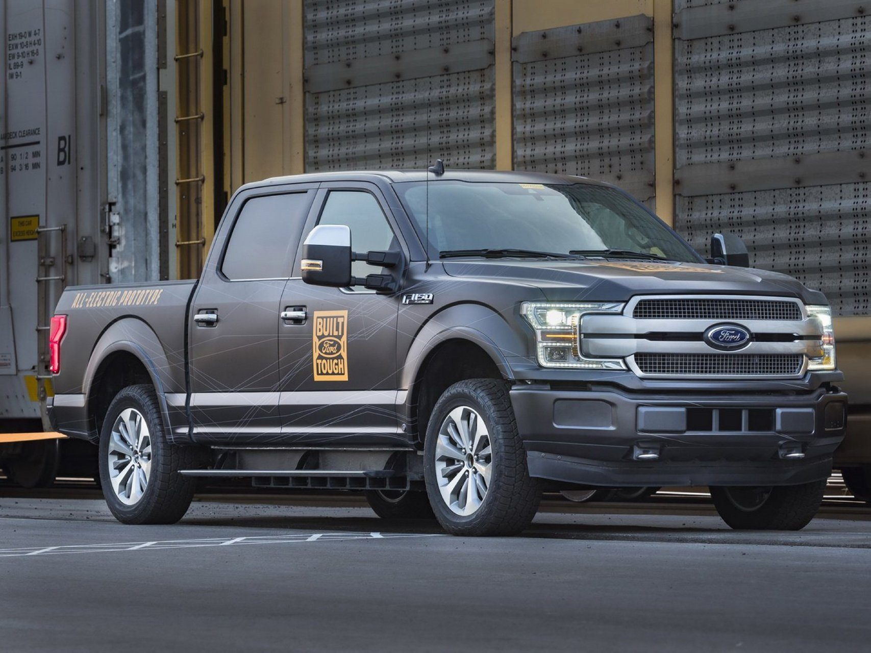 La inminente Ford F-150 eléctrica se atreve con más de 450 toneladas