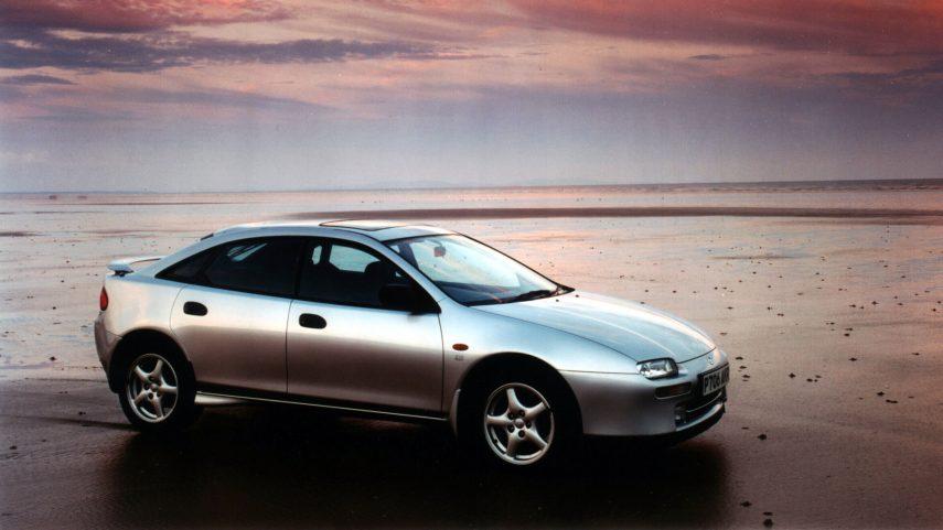 Coche del Día: Mazda 323 F 2.0 V6 (BA)