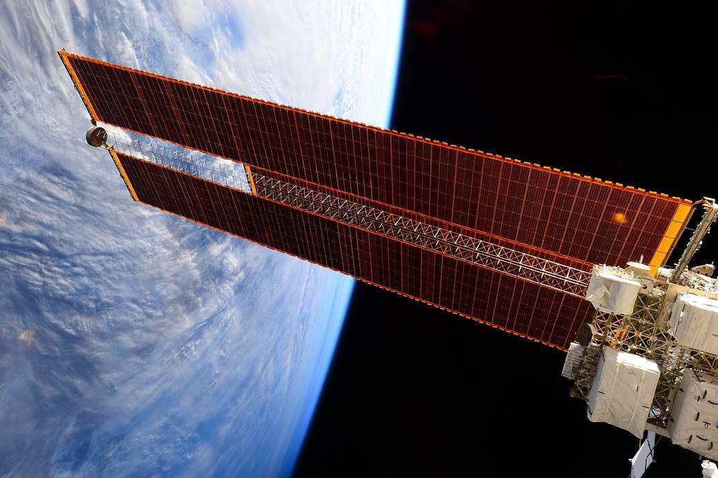 Panel Solar Estacion Espacial Internacional