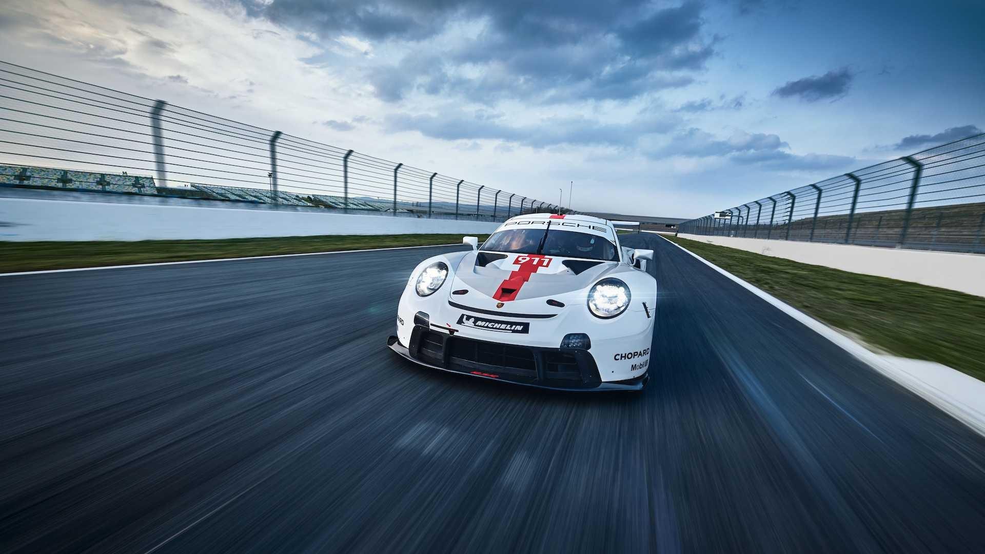 Porsche 911 RSR 2019 (11)