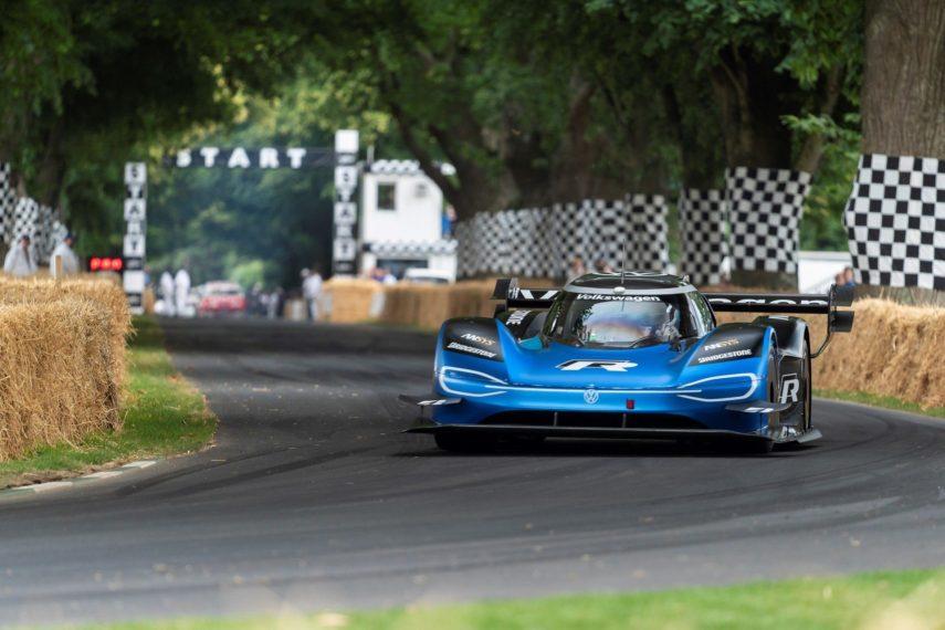 El Volkswagen ID.R ya es el coche más rápido en subir la colina de Goodwood