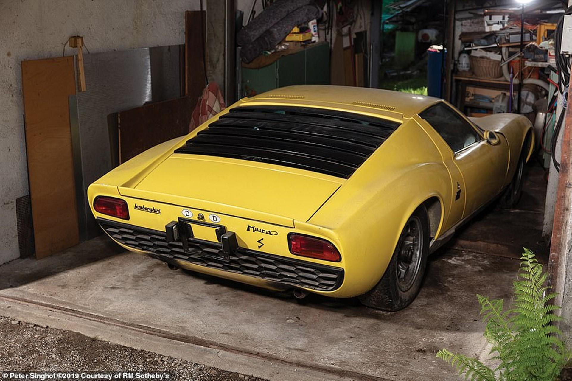 Este Lamborghini Miura P400 S ya ha encontrado nuevo dueño