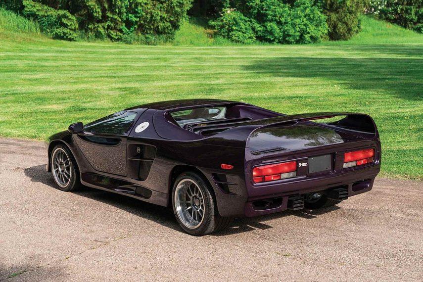 1996 Vector M12 (2)