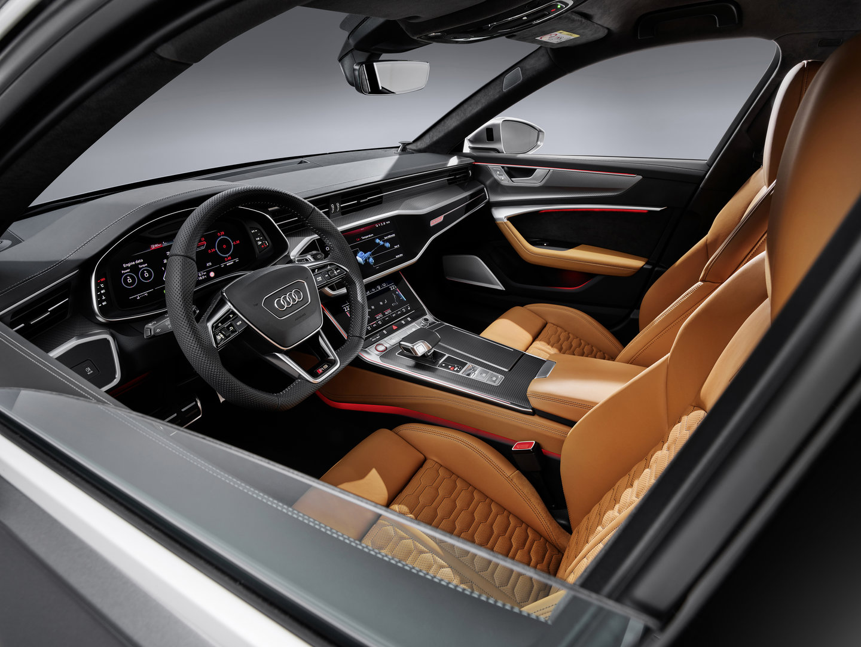 Audi RS6 Avant 12
