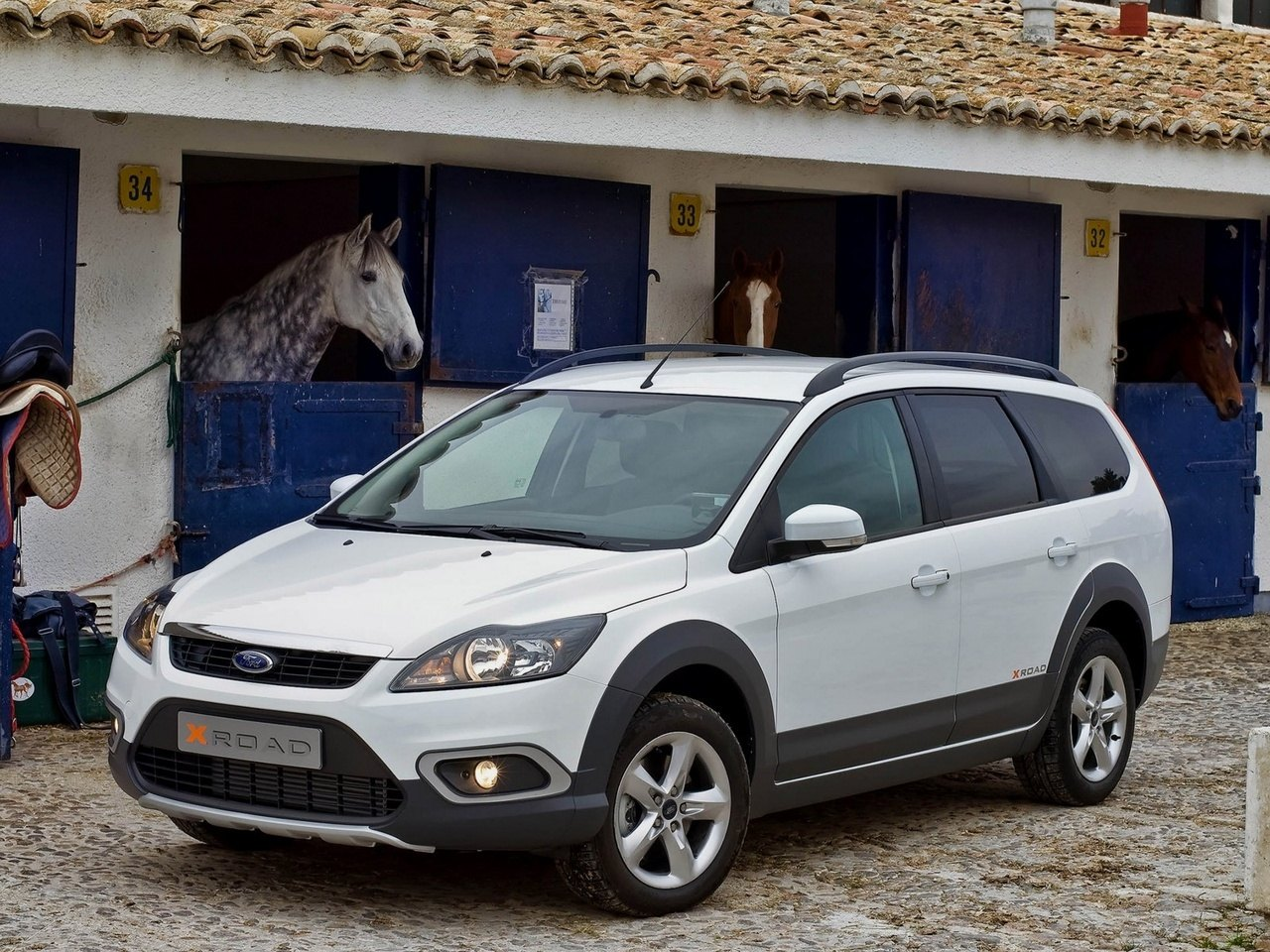 Ford Focus X Road 3