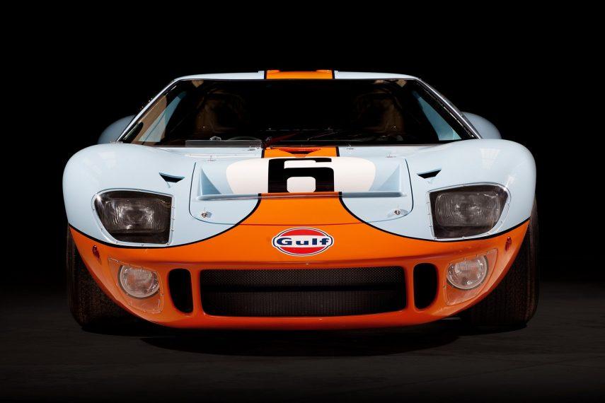 Si quieres un Ford GT40 idéntico al que venció en Le Mans, es tu oportunidad