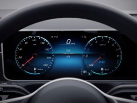 Mercedes Benz 250 e Detalles (4)