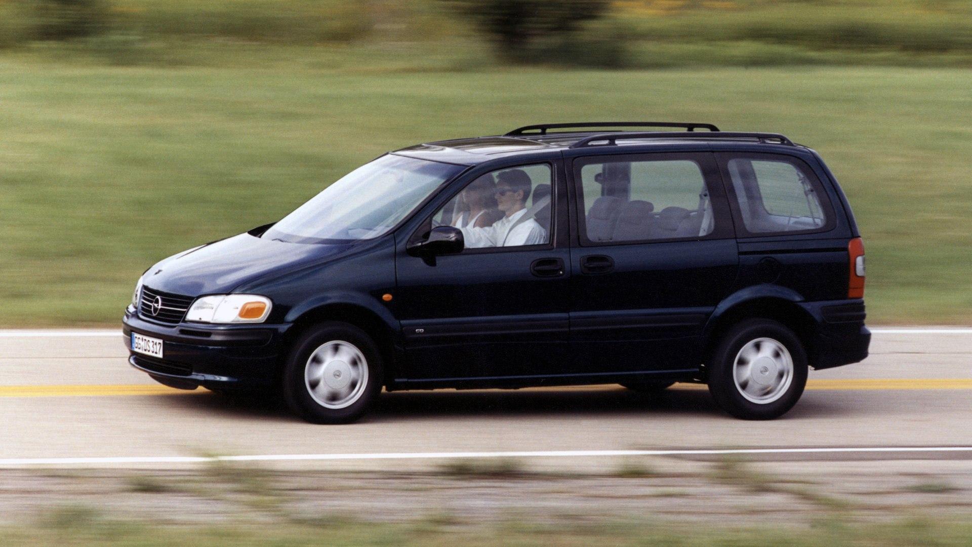 Coche del día: Opel Sintra