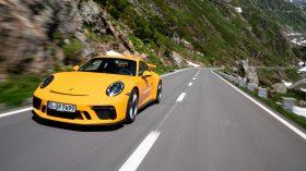 Porsche 911 GT3 991 amarillo 2017