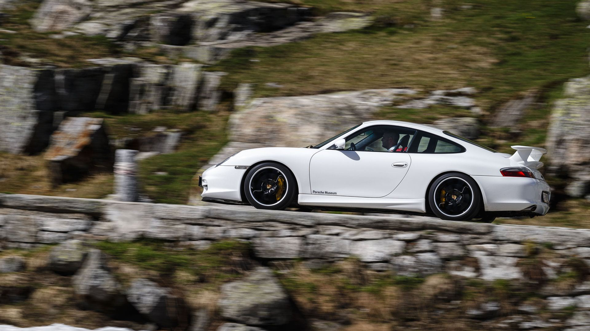 Porsche 911 GT3 997 lateral 2006