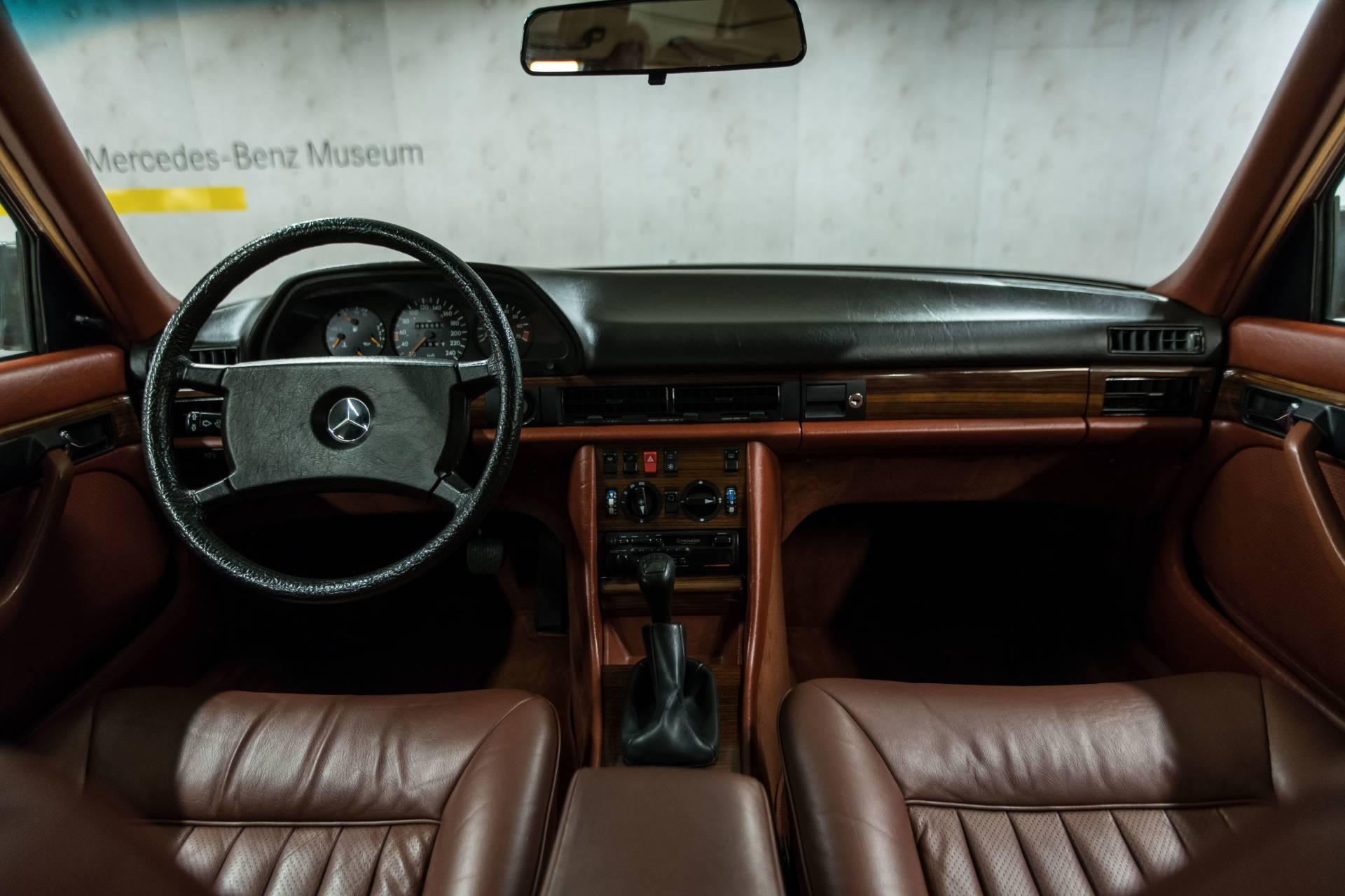 1982 Mercedes Benz Clase S W126 (14)