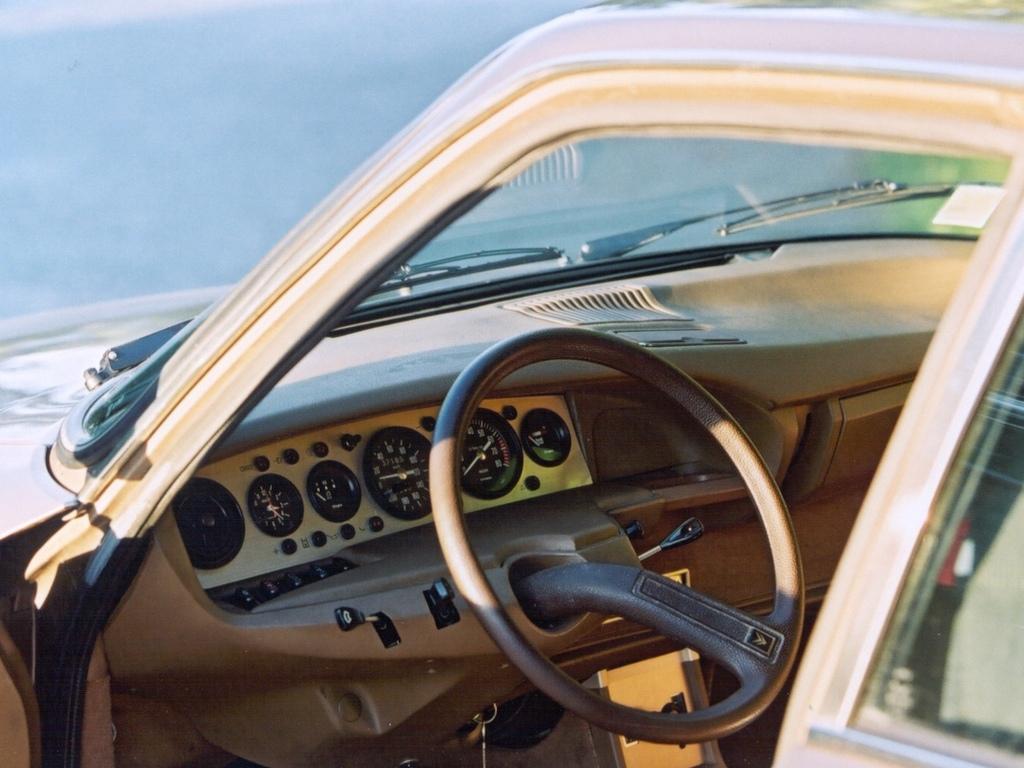Citroen GS birotor interior