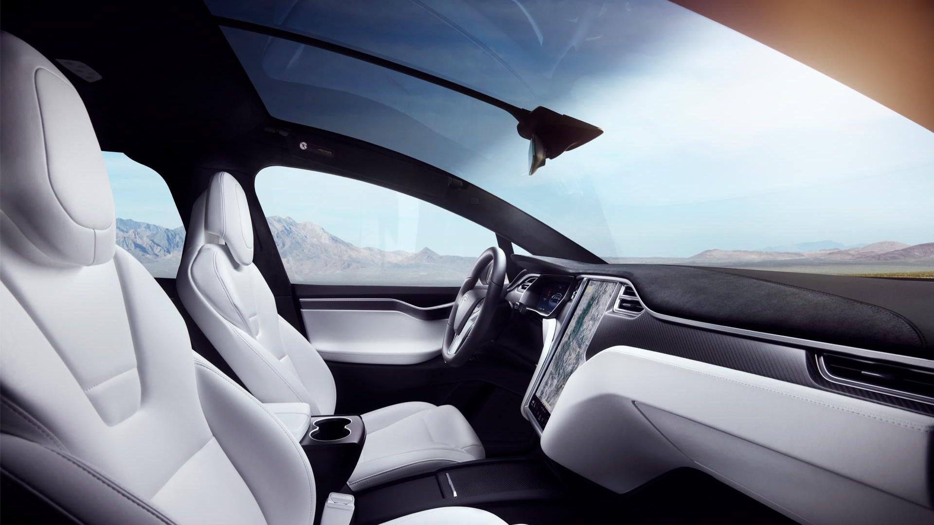 Tesla patenta un curioso limpiaparabrisas