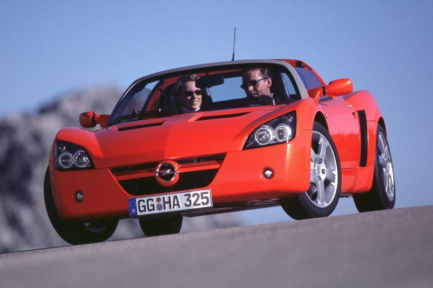Coche del día: Opel Speedster 2.2