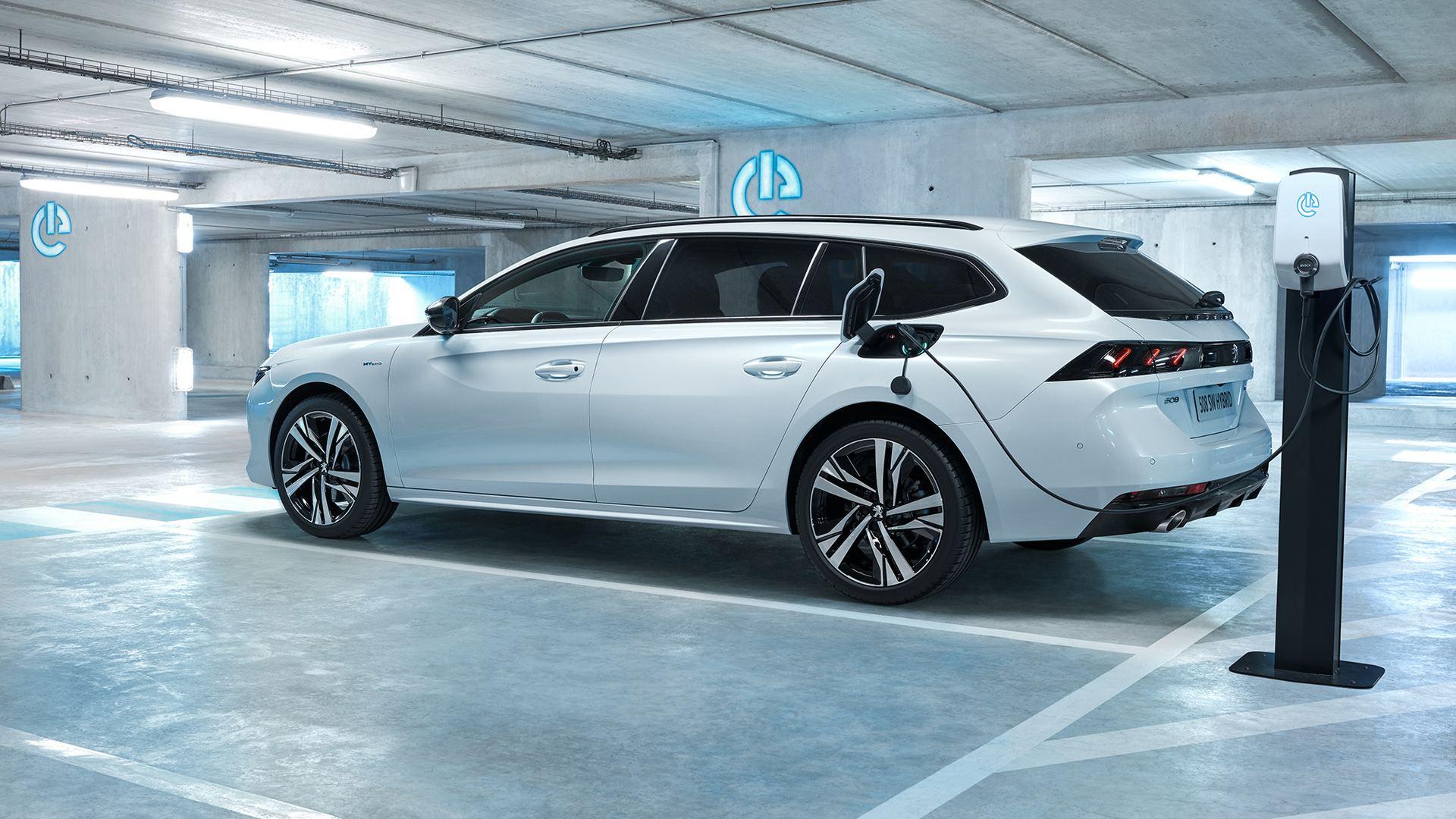 Peugeot 508 Hybrid, llegan los híbridos enchufables al fabricante francés