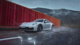 Porsche 911 Carrera 4 (4)