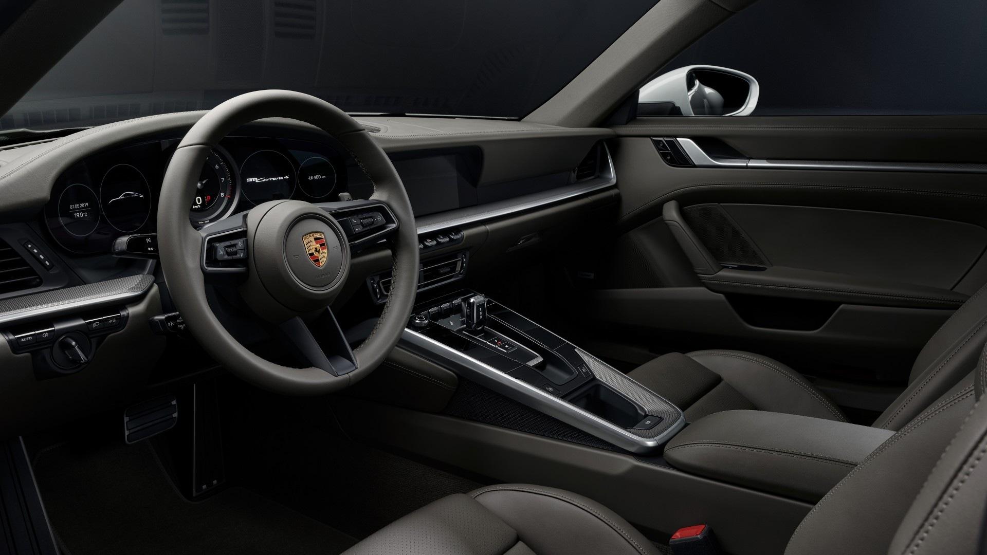Porsche 911 Carrera 4 (6)