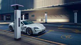 Porsche Taycan Turbo S 09