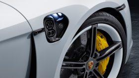 Porsche Taycan Turbo S 13