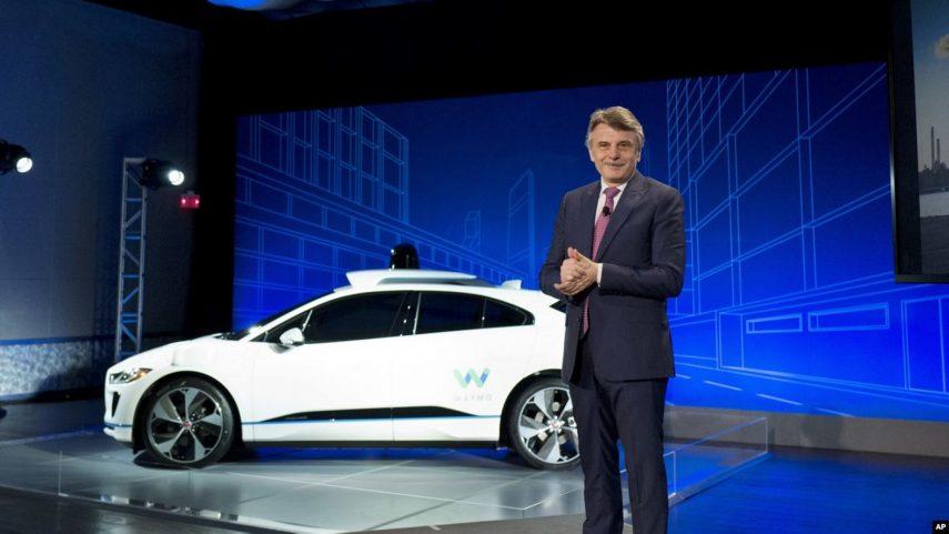 Jaguar Land Rover se pronuncia: el precio de los coches eléctricos no bajará en los próximos años
