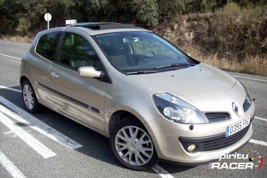 Coche del día: Renault Clio 2.0 16v (III)