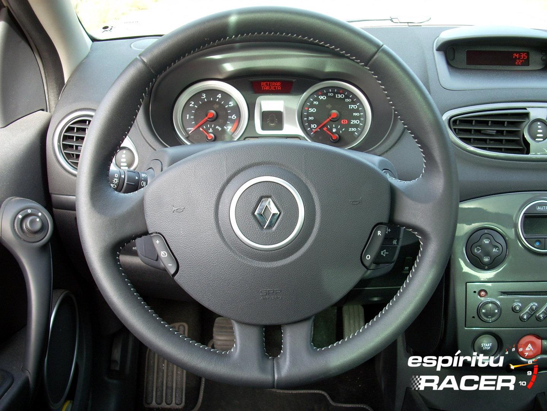Renault Clio 2000 16v 4