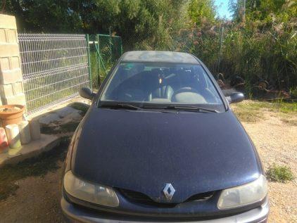 Renault irresistible Laguna 4