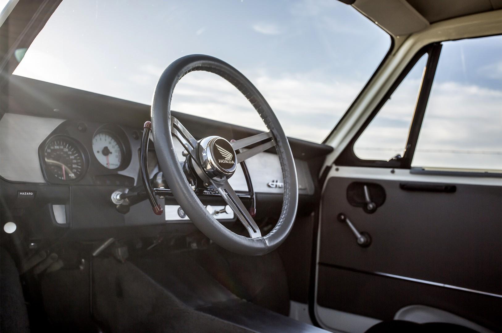1972 Honda N600 SEMA Show 2019 (9)
