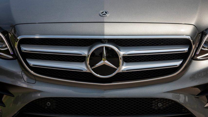 900 vehículos de Mercedes-Benz en cuarentena por culpa de un caracol