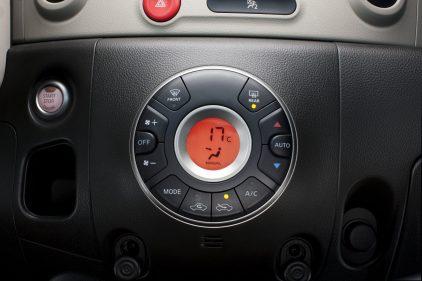Nissan Cube Z12 12