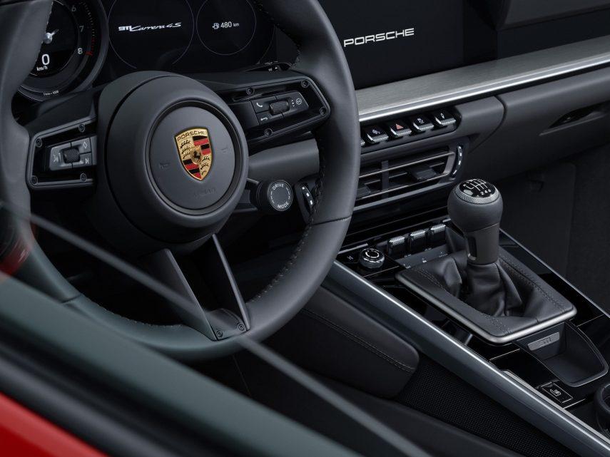 Los nuevos Porsche 911 Carrera S y 4S se podrán equipar con cambio manual