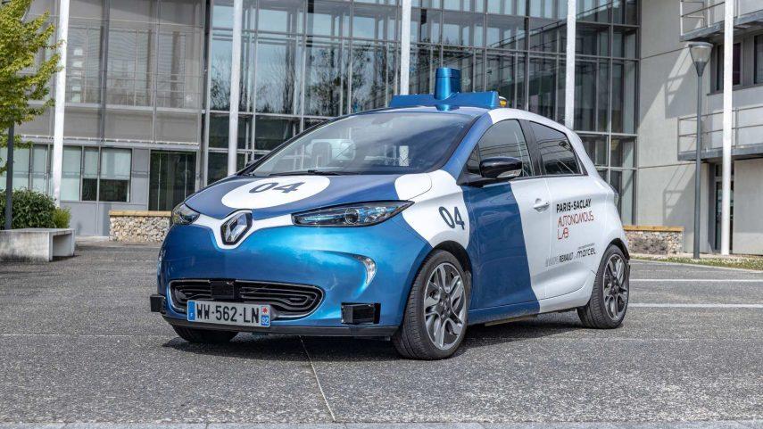Renault inicia un experimento sobre coches eléctricos, autónomos y compartidos