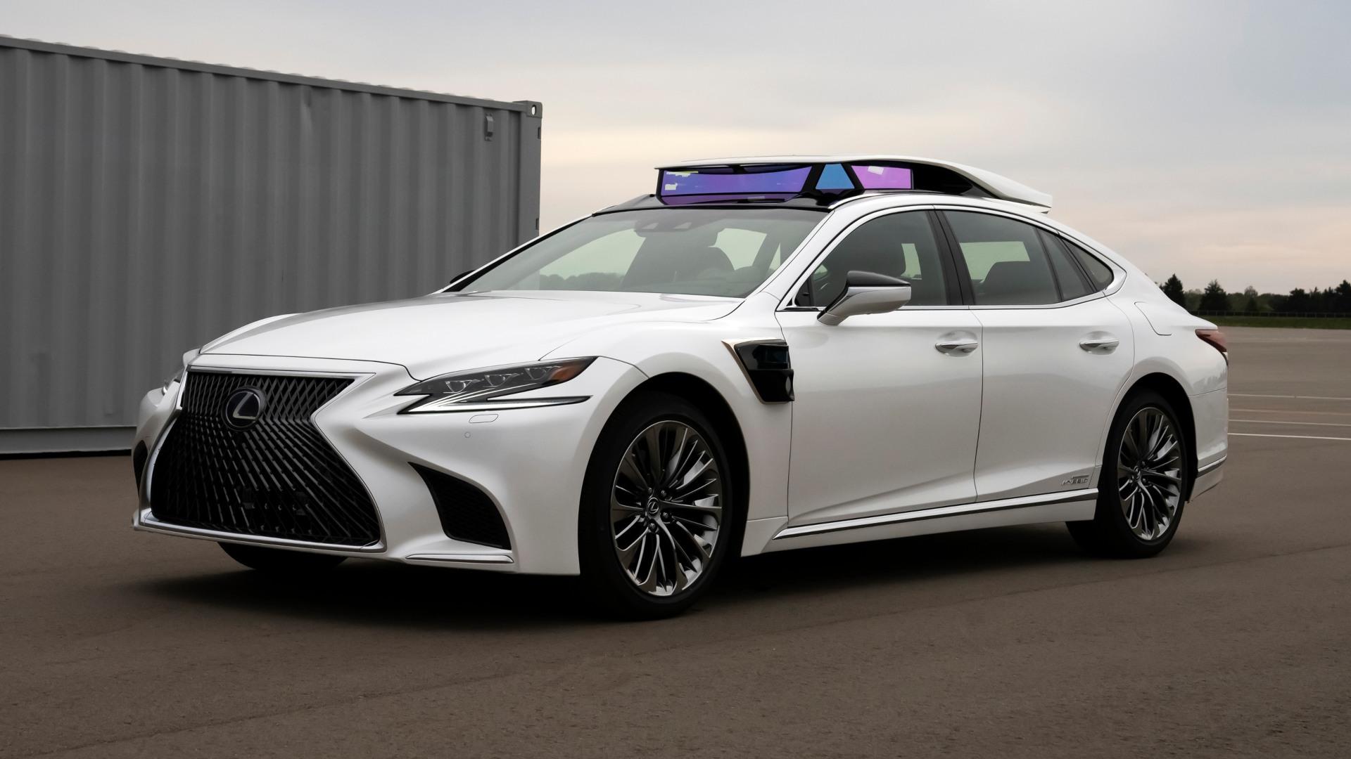 Toyota permitirá al público probar su conducción autónoma