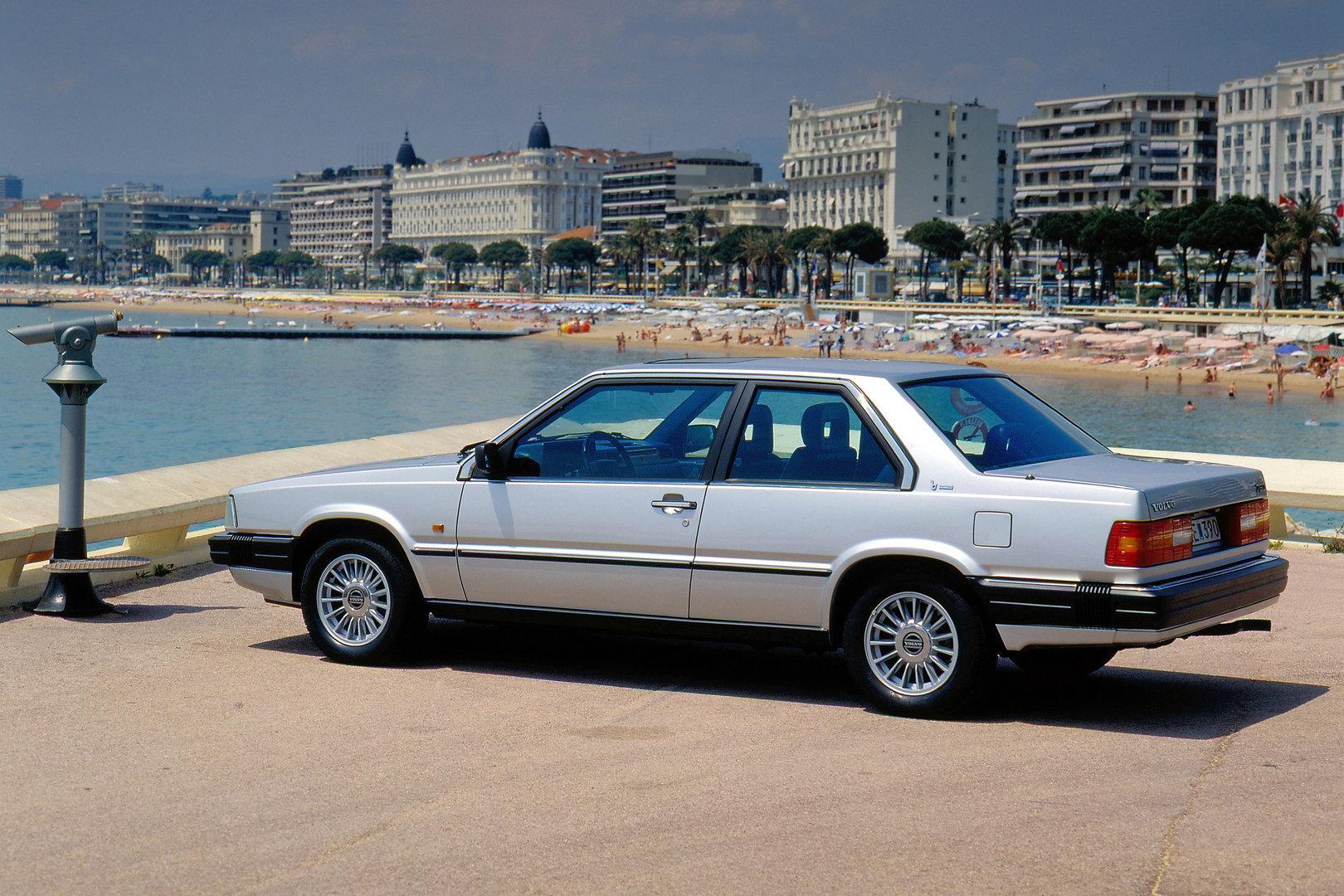 Volvo 780 Coupe 2