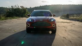 Aston Martin DBX 2020 11