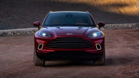 Aston Martin DBX 2020 21