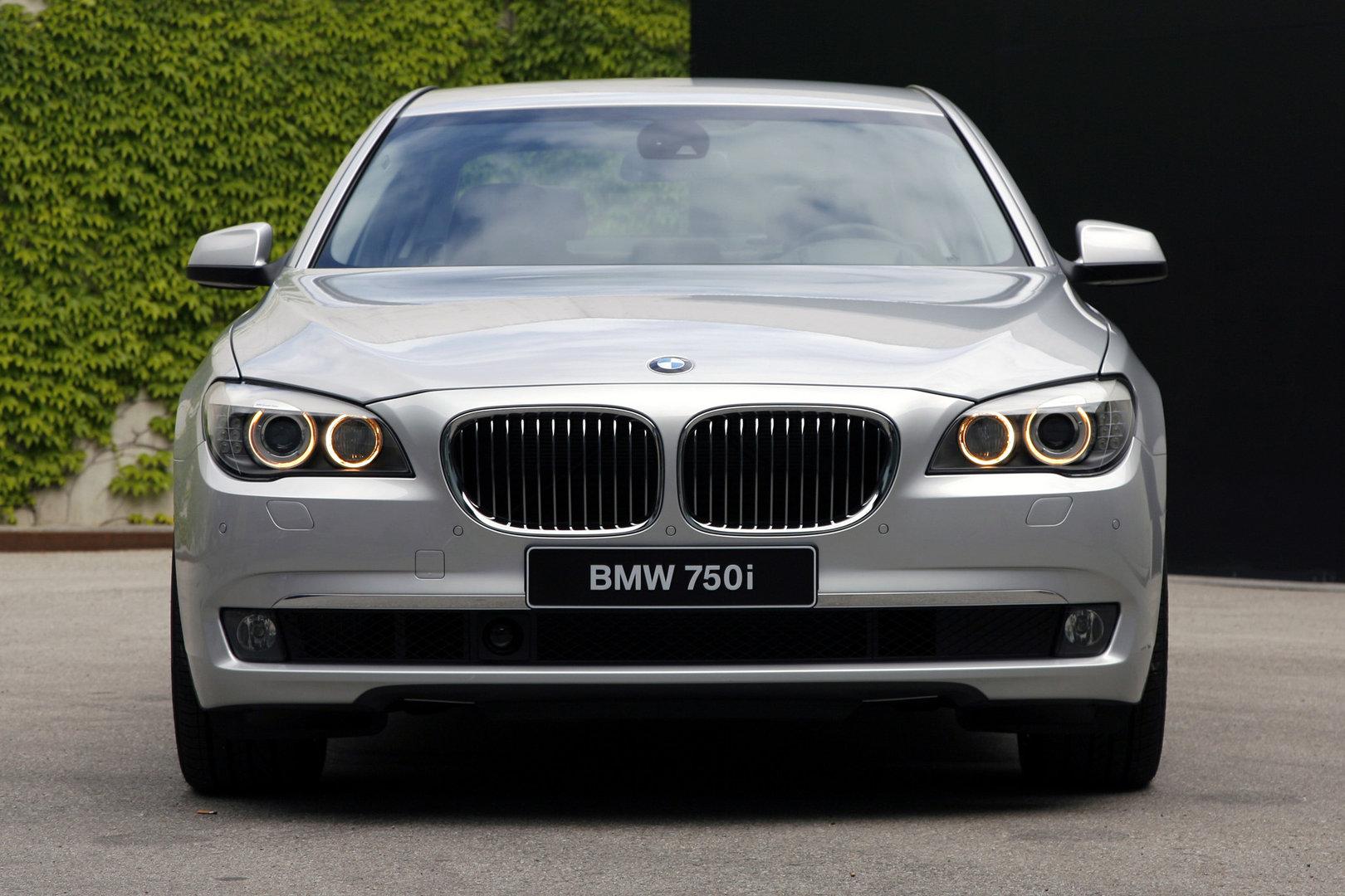 Coche del día: BMW 750i (F01)