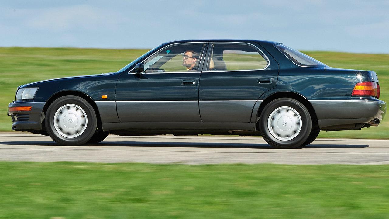 Lexus LS 400 UCF10 2