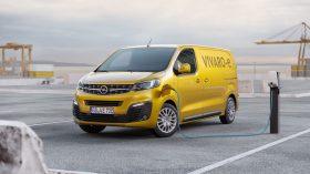 Opel Vivaro e (1)