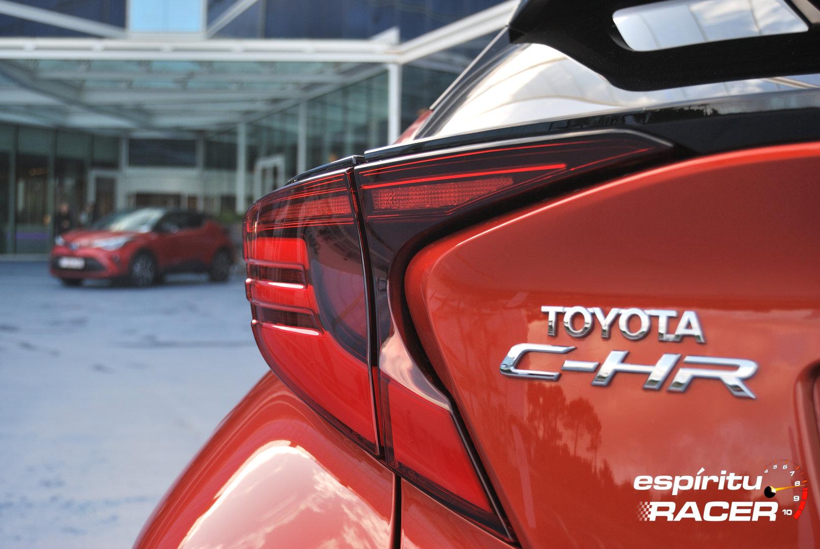 Toyota C HR 180h 2020 17