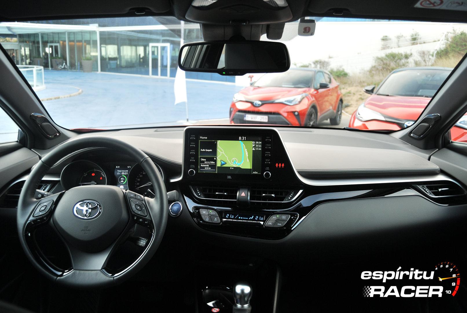 Toyota C HR 180h 2020 23