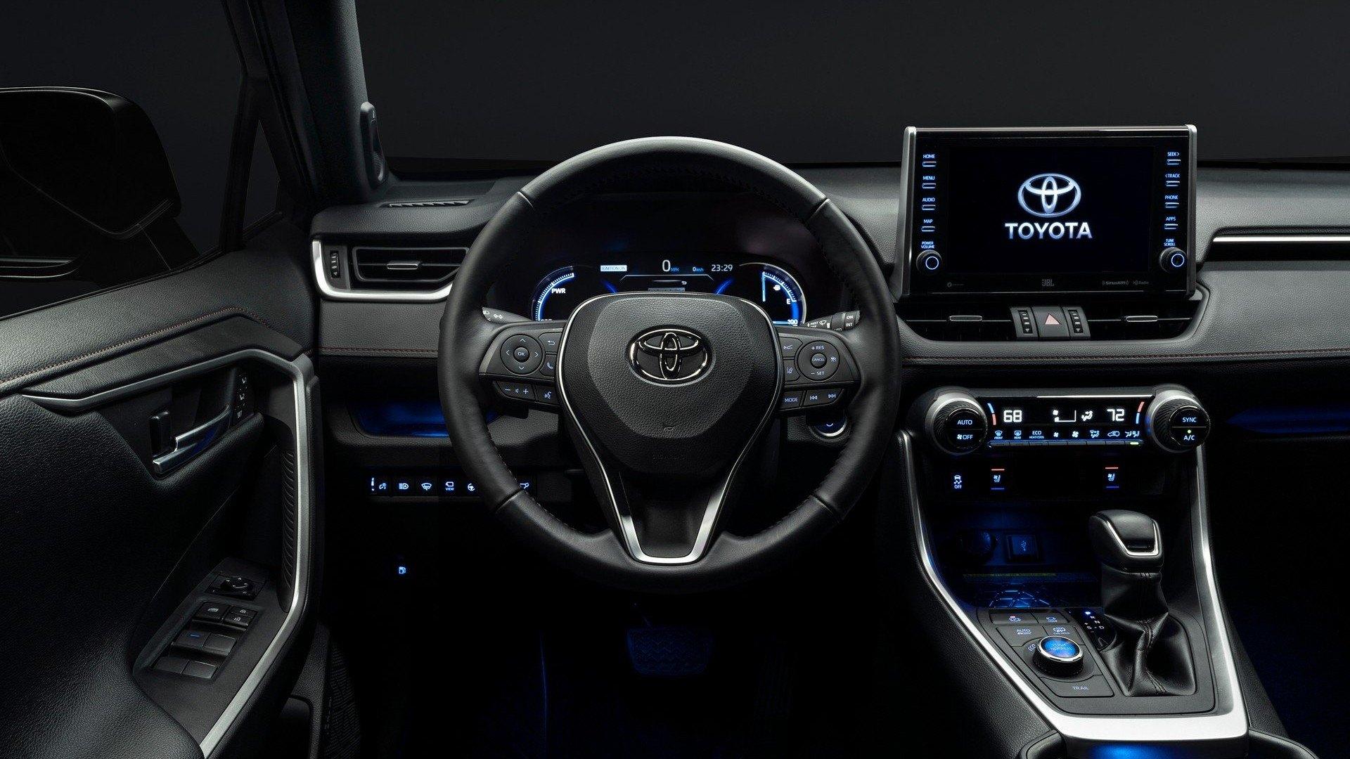 Toyota RAV4 Prime 2020 (24)