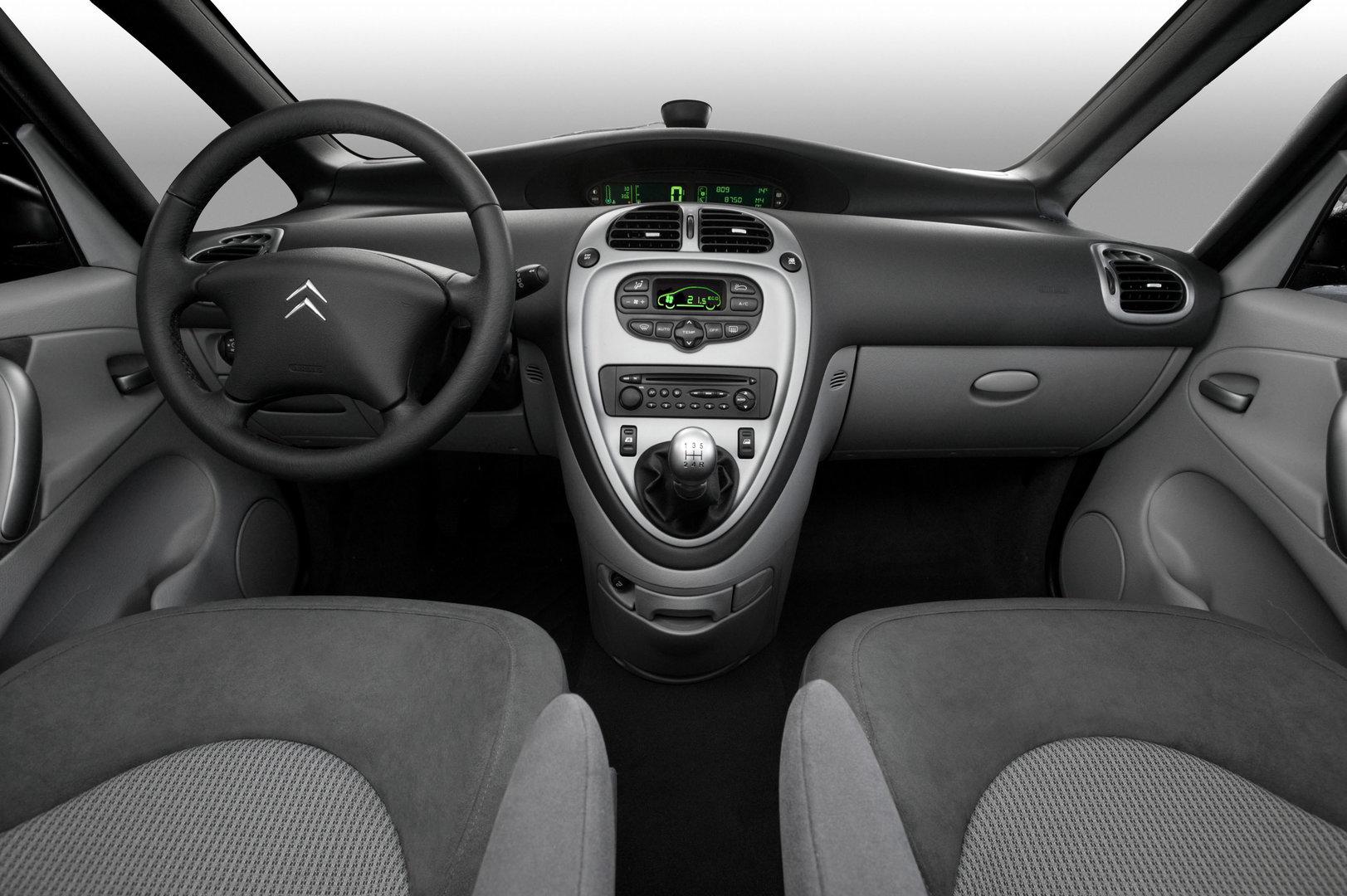 Citroën Xsara Picasso interior