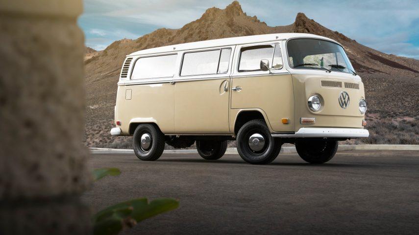 Porque una Volkswagen T2 con motor eléctrico tampoco es una mala idea