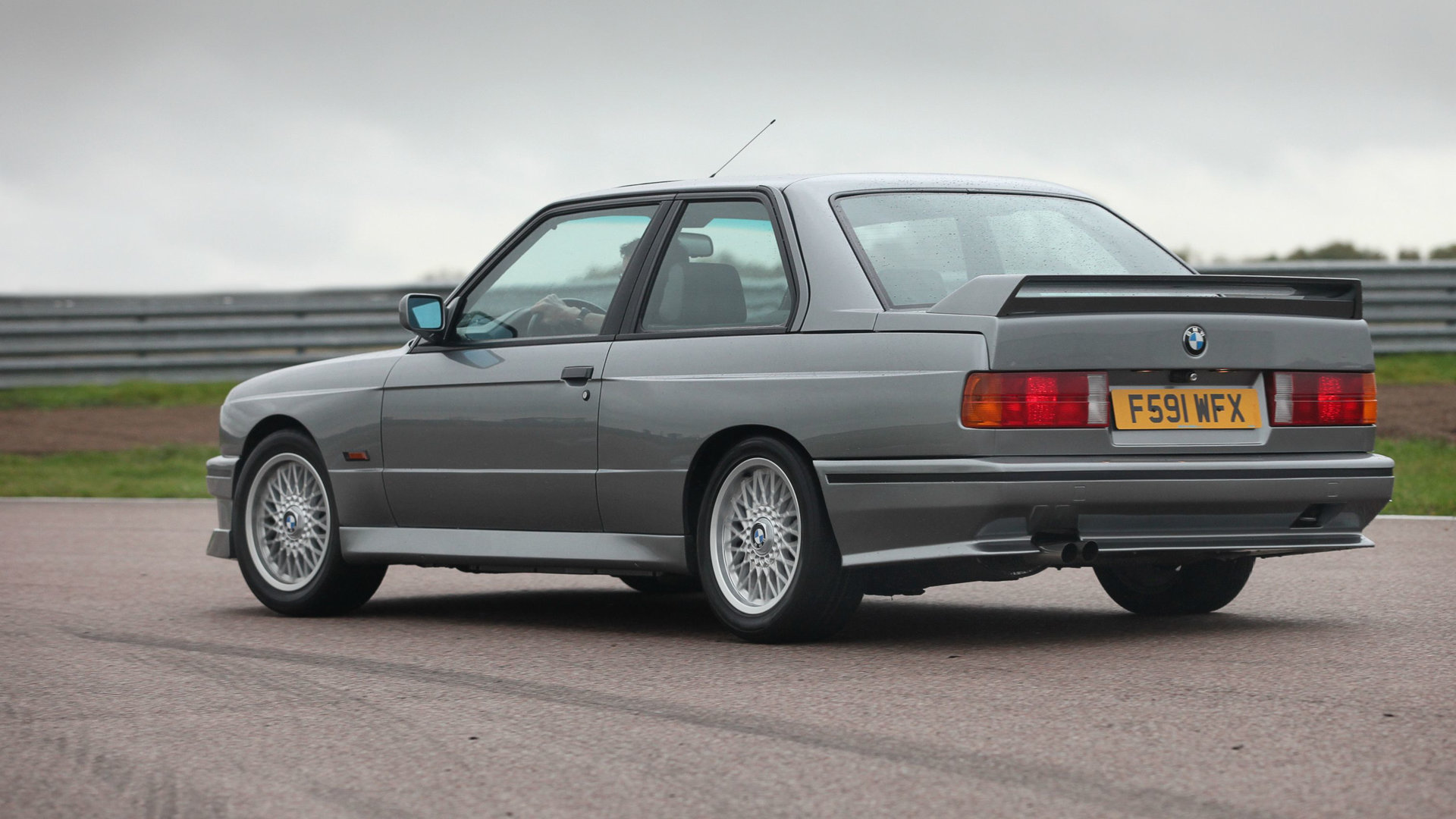 BMW M3 E30 Evo 2 3
