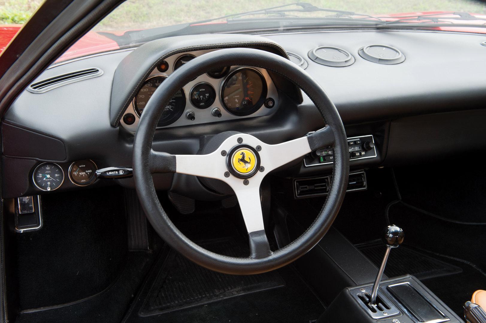 Ferrari 308 GTB vetroresina 1