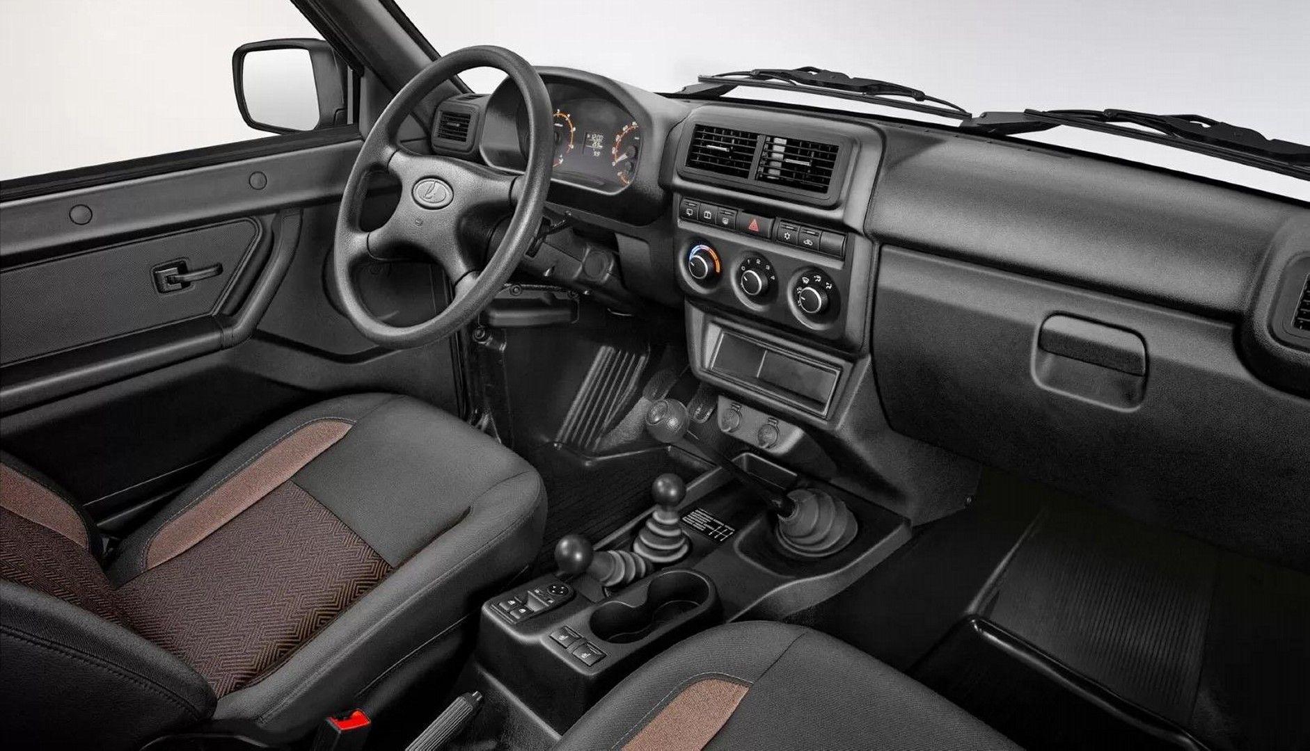 Lada Niva 4x4 2020 (4)